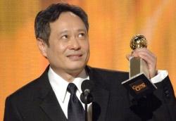 Ang Lee riceve il premio per il miglior film