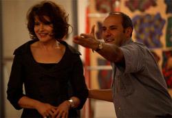 Vincenzo Marra sembra indicare a Fanny Ardant come scappare dal suo film.