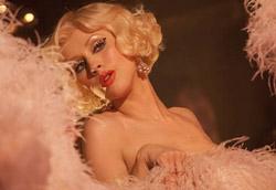 Una scena da Burlesque